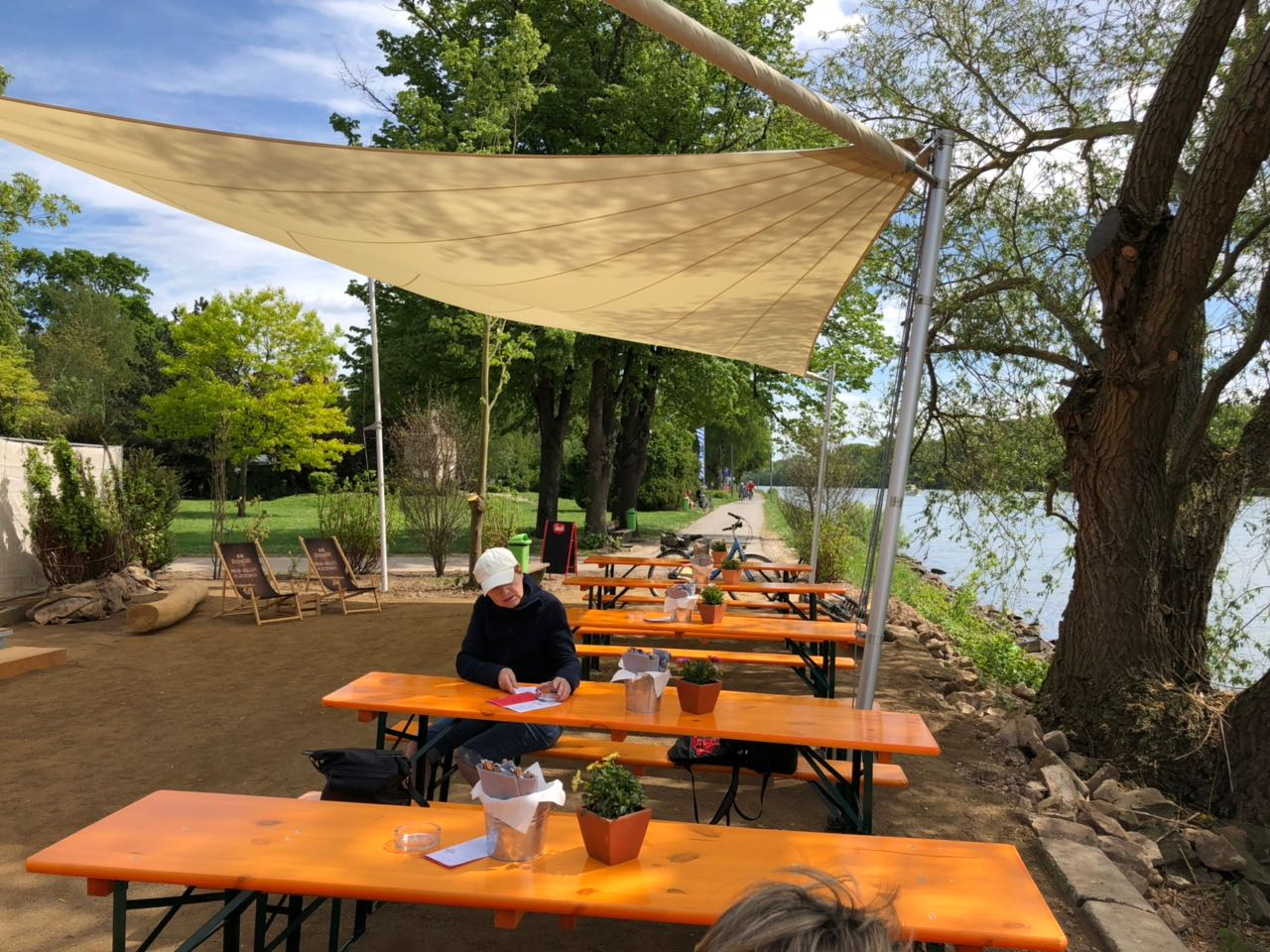 Neueröffnung: Rheinschänke › Rheingauprinzessin